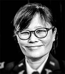 Dr. Jane Shen-Gunther