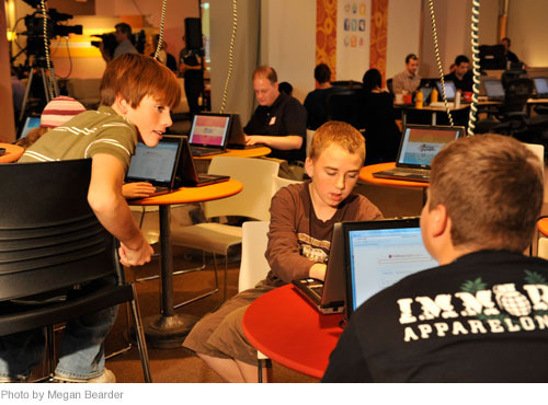 Guests exploring Wolfram|Alpha in the Dell-sponsored Internet Cafe