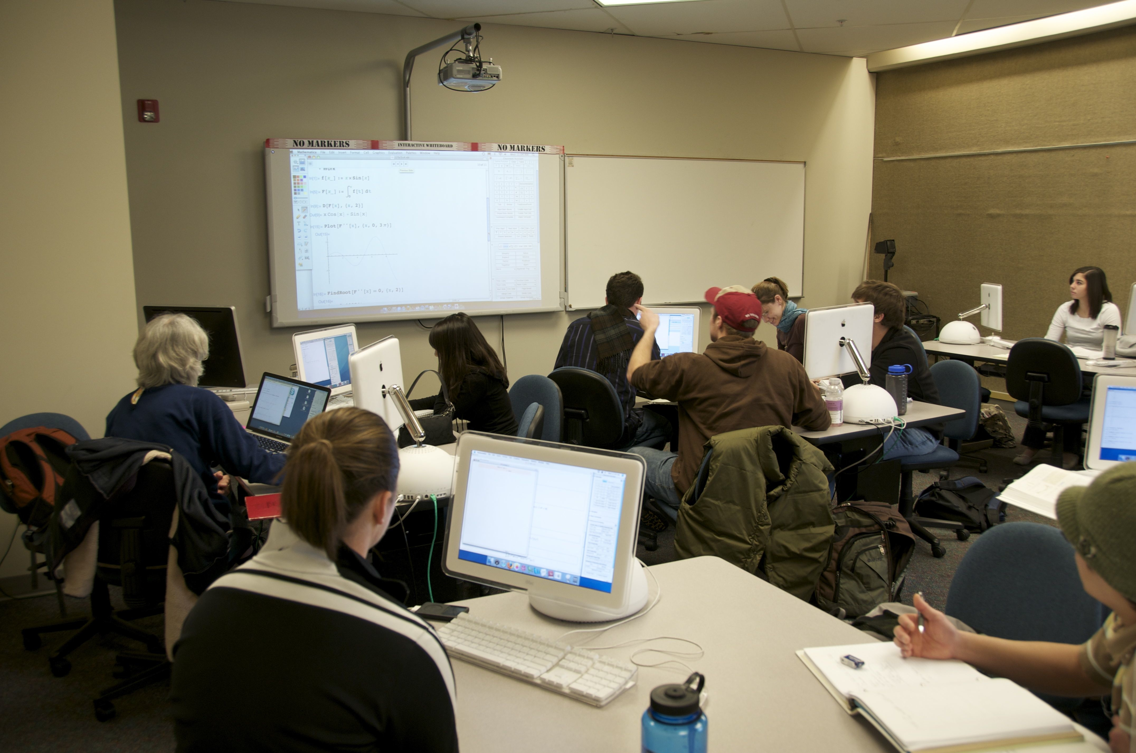 Using Mathematica in a classroom